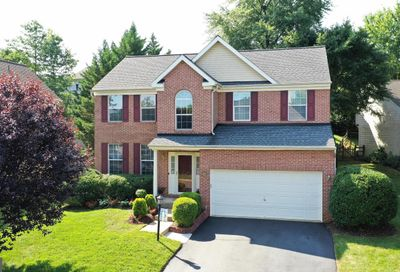 46787 Willowood Place Sterling VA 20165