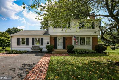 358 Jefferson Avenue Charles Town WV 25414