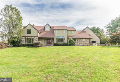 5 Mount View Court Newtown PA 18940