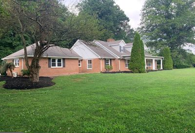418 N Gorsuch Road Westminster MD 21157