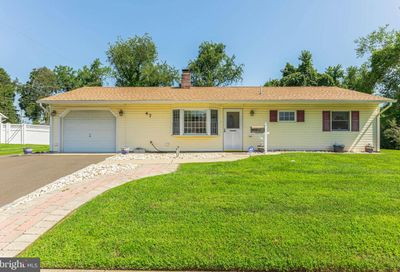 47 Young Birch Road Levittown PA 19057