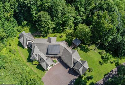 1741 Hilltop Road Spring City PA 19475