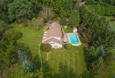 306 Crum Creek Lane Newtown Square PA 19073