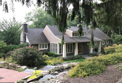 24 Easthill Drive Doylestown PA 18901