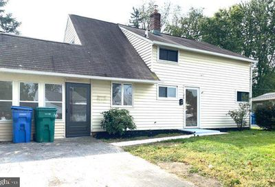 26 Ice Pond Road Levittown PA 19057