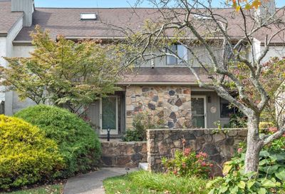 252 Yellow Springs Court Yardley PA 19067