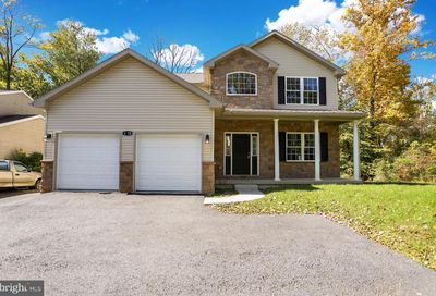 1070 Shelbourne Rd Reading PA 19606
