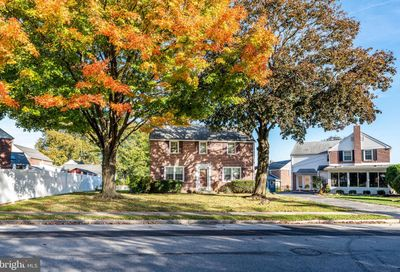 109 Colonial Park Drive Springfield PA 19064