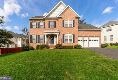 14001 Baneberry Circle Manassas VA 20112
