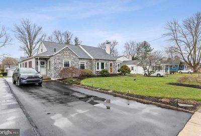 432 Pinecrest Road Springfield PA 19064