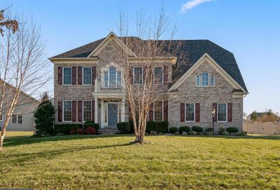 17617 Shores Drive Poolesville MD 20837