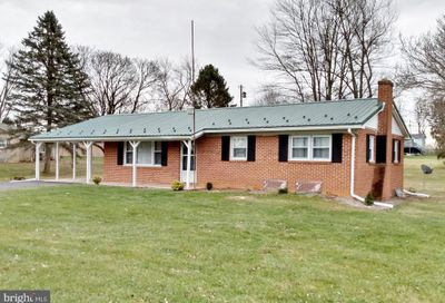 6196 Mountain View Chambersburg PA 17202