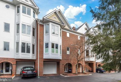 129 Chesterfield Place SW Leesburg VA 20175