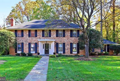 6620 Goldsboro Road Falls Church VA 22042