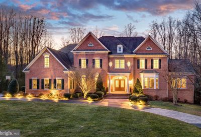 1176 Old Tolson Mill Road Mclean VA 22102
