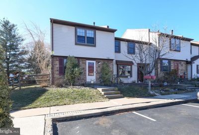 994 Browning Place Warminster PA 18974