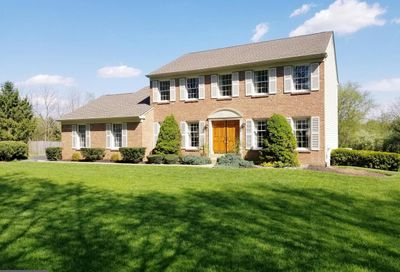 527 N Shady Retreat Road Doylestown PA 18901