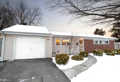 55 Incurve Road Levittown PA 19057