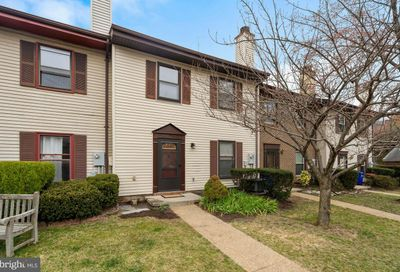 4106 11th Place N Arlington VA 22201