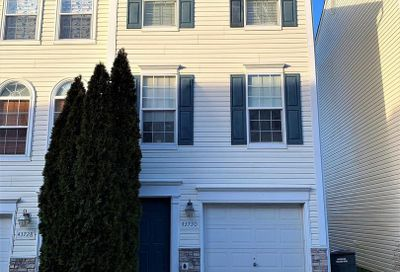 43730 Clear Lake Square Ashburn VA 20147