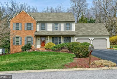 1165 Hambiltonian Way York PA 17404