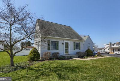 36 Lucy Avenue Hummelstown PA 17036