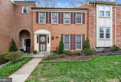 6604 Midhill Place Falls Church VA 22043