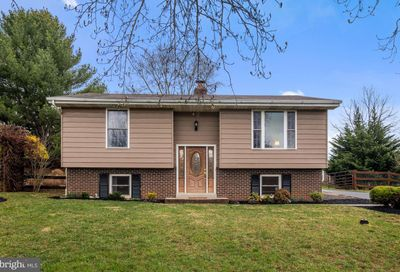 1618 Valley Drive Westminster MD 21157