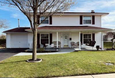 58 Turf Road Levittown PA 19056