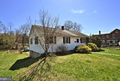 432 3rd Street East Greenville PA 18041