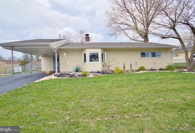 68 Valley Road Levittown PA 19057