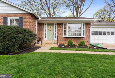 308 Valeview Court NW Vienna VA 22180