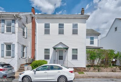157 Nissley Street Middletown PA 17057