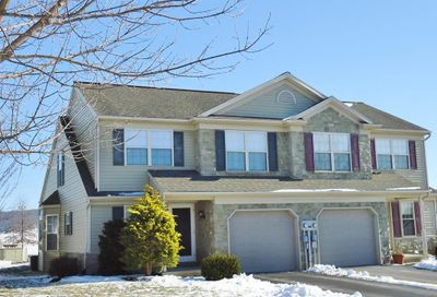 110 Bridle Path New Holland PA 17557