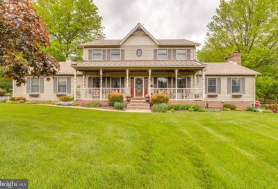 415 Pleasant Valley Drive Charles Town WV 25414