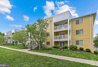 4069 S Four Mile Run Drive 403 Arlington VA 22204