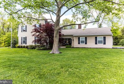 237 Woodstream Drive North Wales PA 19454