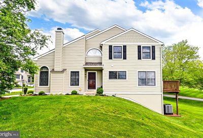 606 Radcliffe Court Newtown Square PA 19073