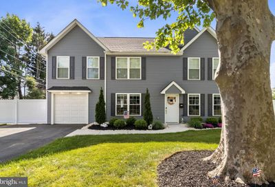 69 Towpath Road Levittown PA 19056