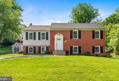 19521 Dubarry Drive Brookeville MD 20833