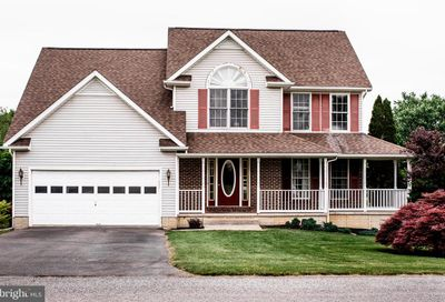 18 Louise Court Charles Town WV 25414