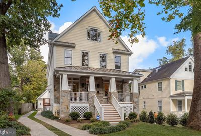 153 Quincy Street Chevy Chase MD 20815