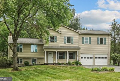 17628 Collier Circle Poolesville MD 20837