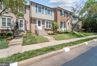 5909 Grisby House Court Centreville VA 20120