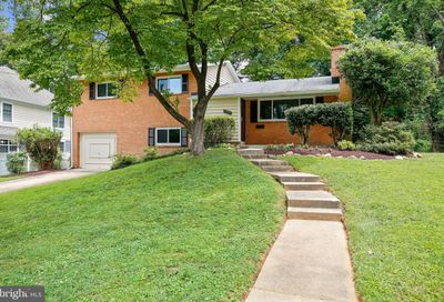 7807 Winterberry Place Bethesda MD 20817