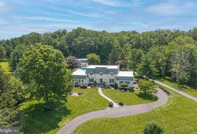 1077 Eagle Road Newtown PA 18940