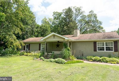1909 Old Forty Foot Road Harleysville PA 19438