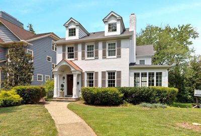 4505 Elm Street Chevy Chase MD 20815