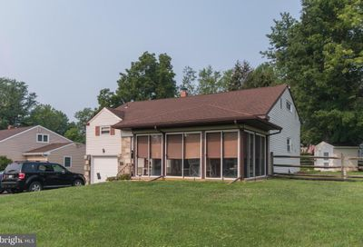 536 Constitutional Drive Warminster PA 18974