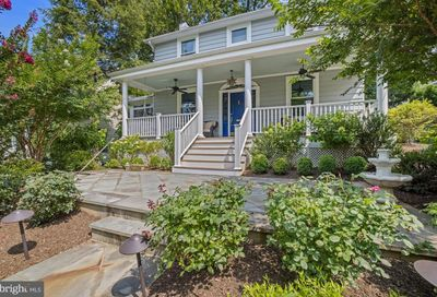 4129 Woodbine Street Chevy Chase MD 20815